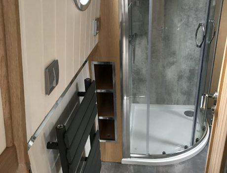 Full size Quadrant Shower